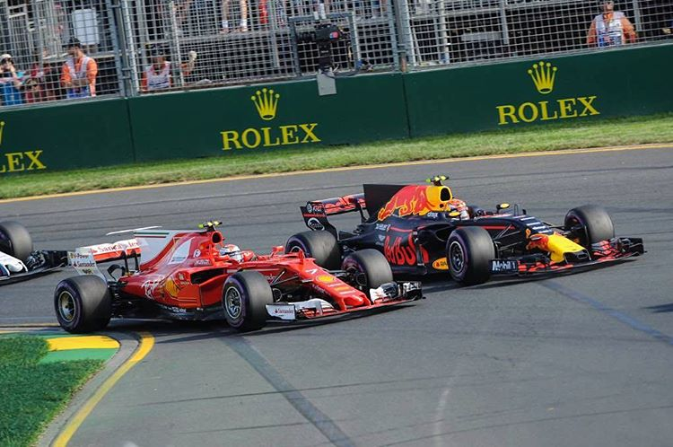 key-moment-exiting-the-first-corner-at-the-start-of-the-australian-gp-teamice.jpg