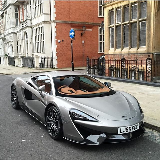 supercarsoflondon-on-instagram-supercarsoflondon-by-alexbabington-mclaren-570s-london-supercar.jpg