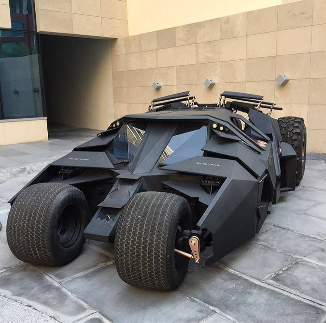 batmobile-hot-or-notfollow-car_exhaust_world.jpg