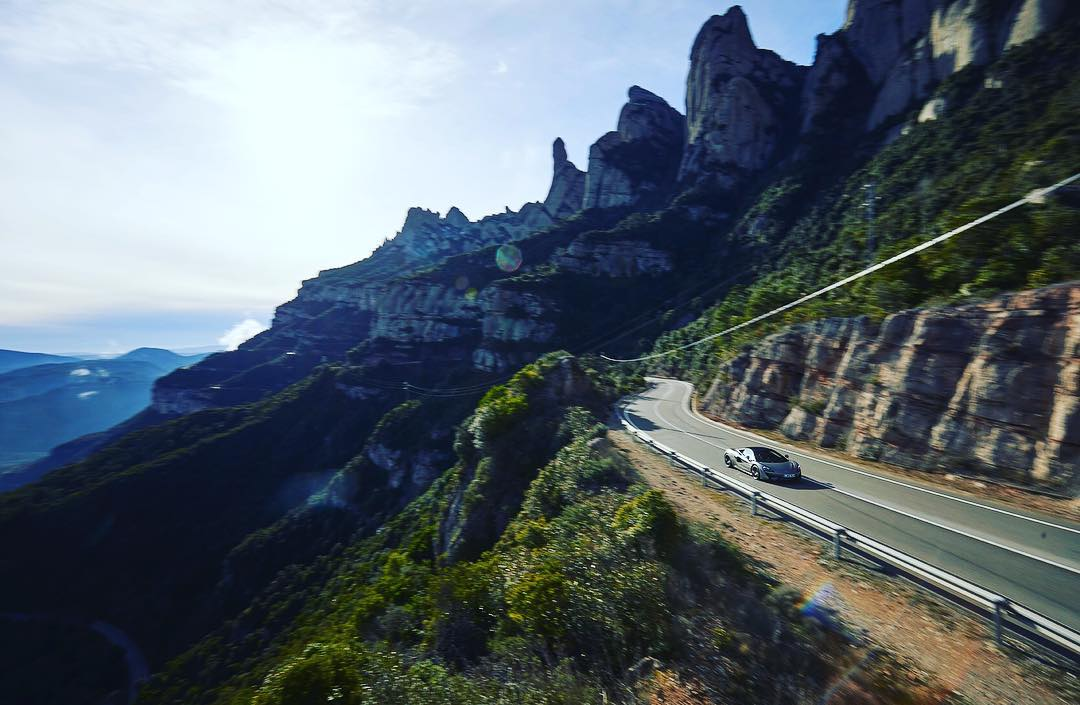 epic-views-incredible-roads-and-an-amazing-car-what-more-could-you-want-the-m.jpg