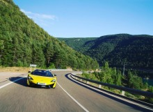 the-mclaren-570s-spider-in-sicilian-yellow-perfect-for-a-summer-drive-around-sp.jpg