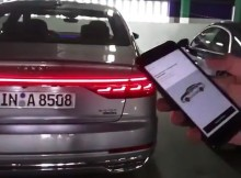 audi-a8-remote-parking-controlvideo-shmee150_______________________________.jpg