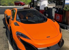 gassed-up-and-off-to-its-new-home-this-mclaren-675lt-is-sold-evanpaulmotor.jpg