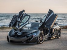 mclaren-p1-at-17-mile-road-pebble-beach.jpg