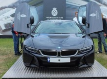 preparing-to-fly-bmw-i8-rare-rich-luxury-lifestyle-awesome-supercar-e.jpg