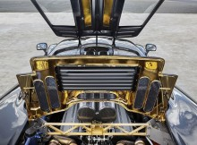 under-the-hood-of-mclaren-f1-627-hp-v-12-and-an-engine-bay-lined-in-24-karat-go.jpg