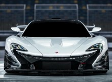 now-drool%e2%80%bc%ef%b8%8f-white-mclaren-p1-gtr-on-track.jpg