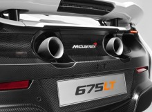 a-close-up-look-at-the-rear-end-detailing-of-the-mclaren-675lt.jpg