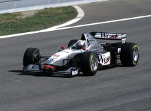 017-%c2%b7-1997-%c2%b7-barcelona-%c2%b7-mclaren-mercedes-benz-mp412-%c2%b7-david-coulthard.jpg