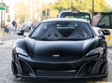 mclaren-675lt-painted-in-black-photo-taken-by-p-r-photography-on-instagram.jpg