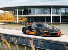 the-stunning-mclaren-senna-of-monica-crist-collectors-outside-mclaren-hq-pho.jpg