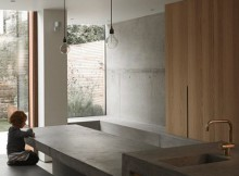 mclaren-excell-adds-a-concrete-extension-to-a-victorian-home.jpg